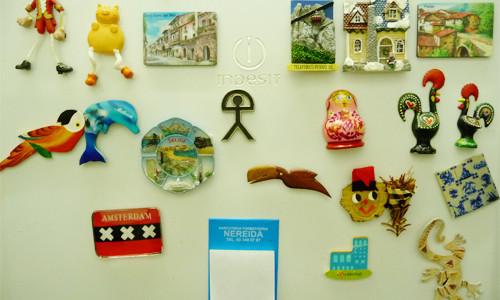 Imagen objetos en pared
